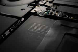 Comment stocker ses batteries au lithium ion